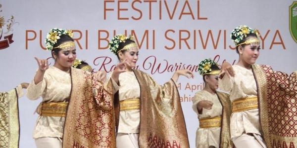 Kenalkan Budaya Sumatera Selatan Lewat Festival Bergensi