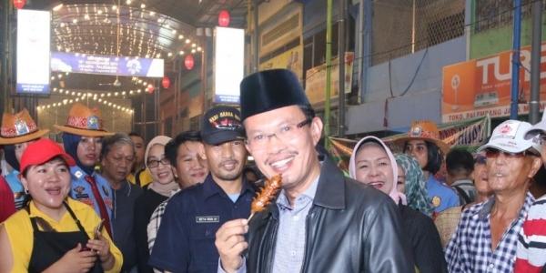 Lorong Basah, dari Jalanan Becek Menjadi Pasar Kuliner