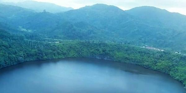 Menyambangi Danau Rakihan, 'Saudara Jauh' Danau Ranau yang Tidak Kalah Cantik