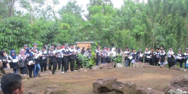 Tinggal Reruntuhan, Candi Batu Kebayan Diklaim Berusia Sama dengan Borobudur
