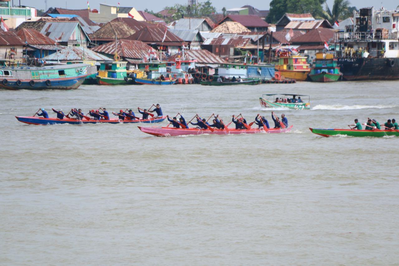 Sambut Sumpah Pemuda, Pemkot Palembang Gelar Lomba Perahu Bidar Mini di Sungai Keramasan