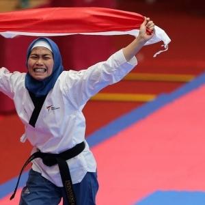 Defia Rosmaniar Sumbang Medali Emas Pertama Asian Games  untuk Indonesia